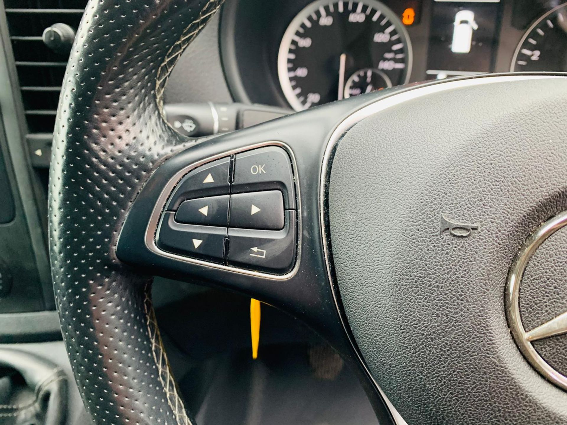 (RESERVE MET) Mercedes Vito 116Cdi Sporty Spec (161 BHP) Bluetech 6 Speed Van - 2016 Model - AC - Image 25 of 28