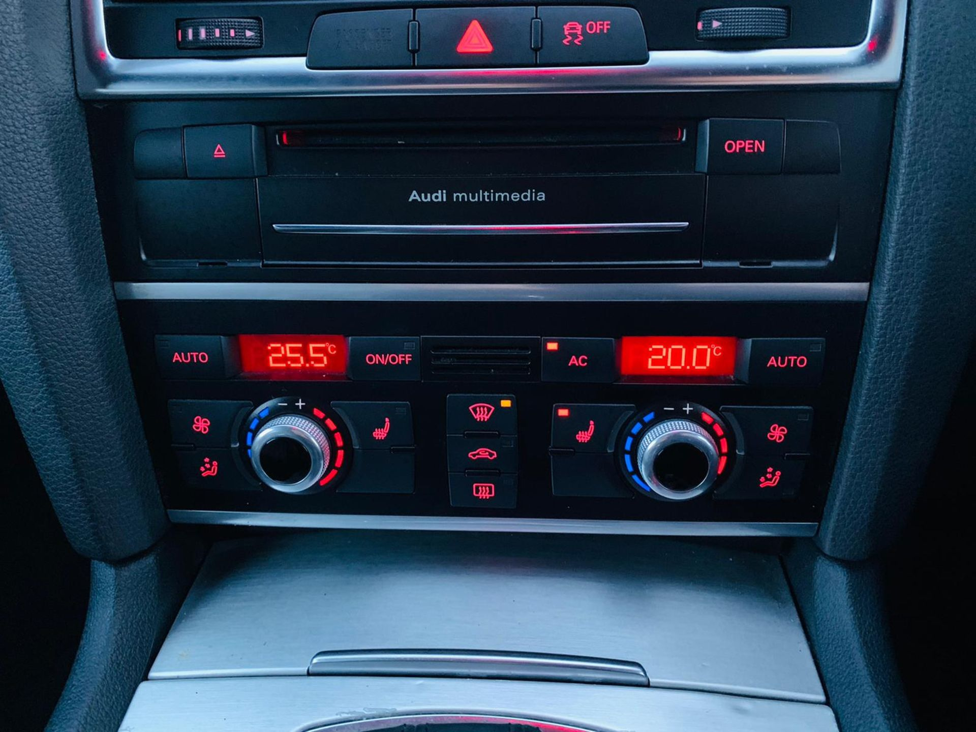 (Reserve Met)Audi Q7 3.0 TDI Quattro S Line Plus Auto (7 Seats) - 12 Reg - Only 63k Miles -Sat Nav- - Image 20 of 37