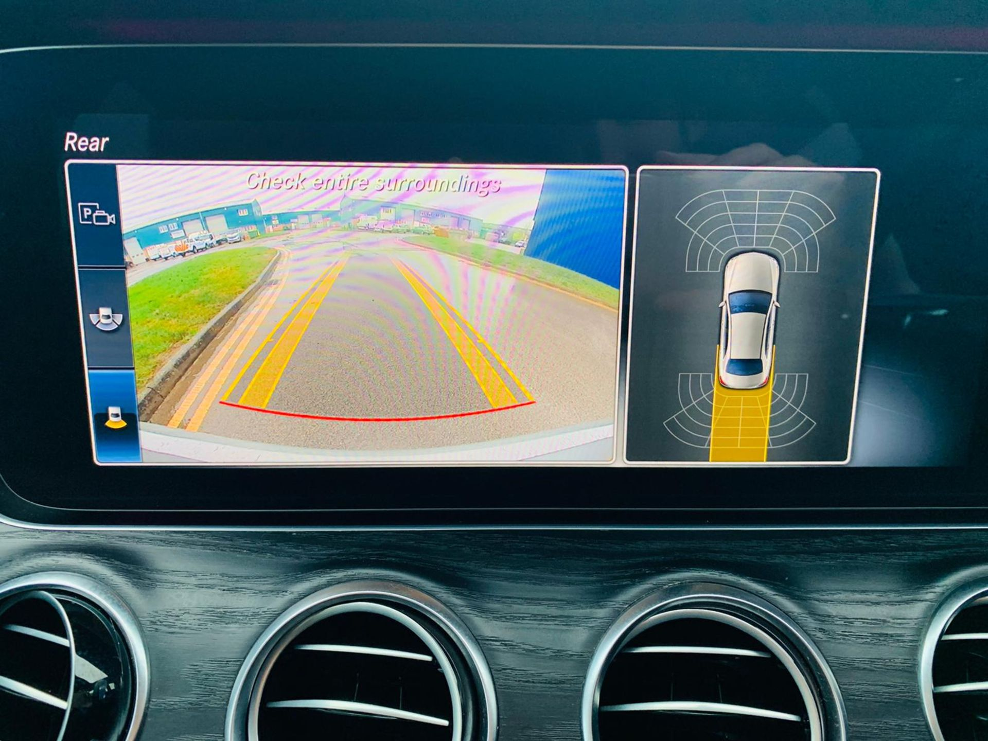 (Reserve Met)Mercedes E220d AMG Line Auto 9G Tronic - 2019 Reg - Reversing Cam - 1 Owner From New - Image 22 of 30