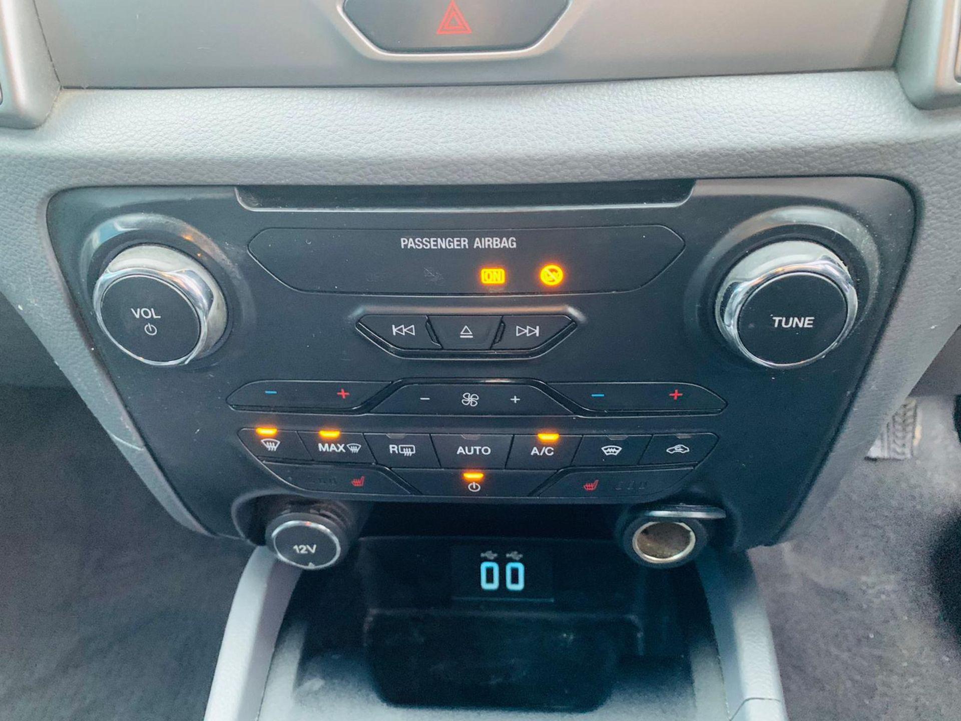 (RESERVE MET) Ford Ranger 2.2 TDCI LTD 4x4 Double Cab 2017 17 Reg - Reversing Cam -Leather - Sat Nav - Image 19 of 32