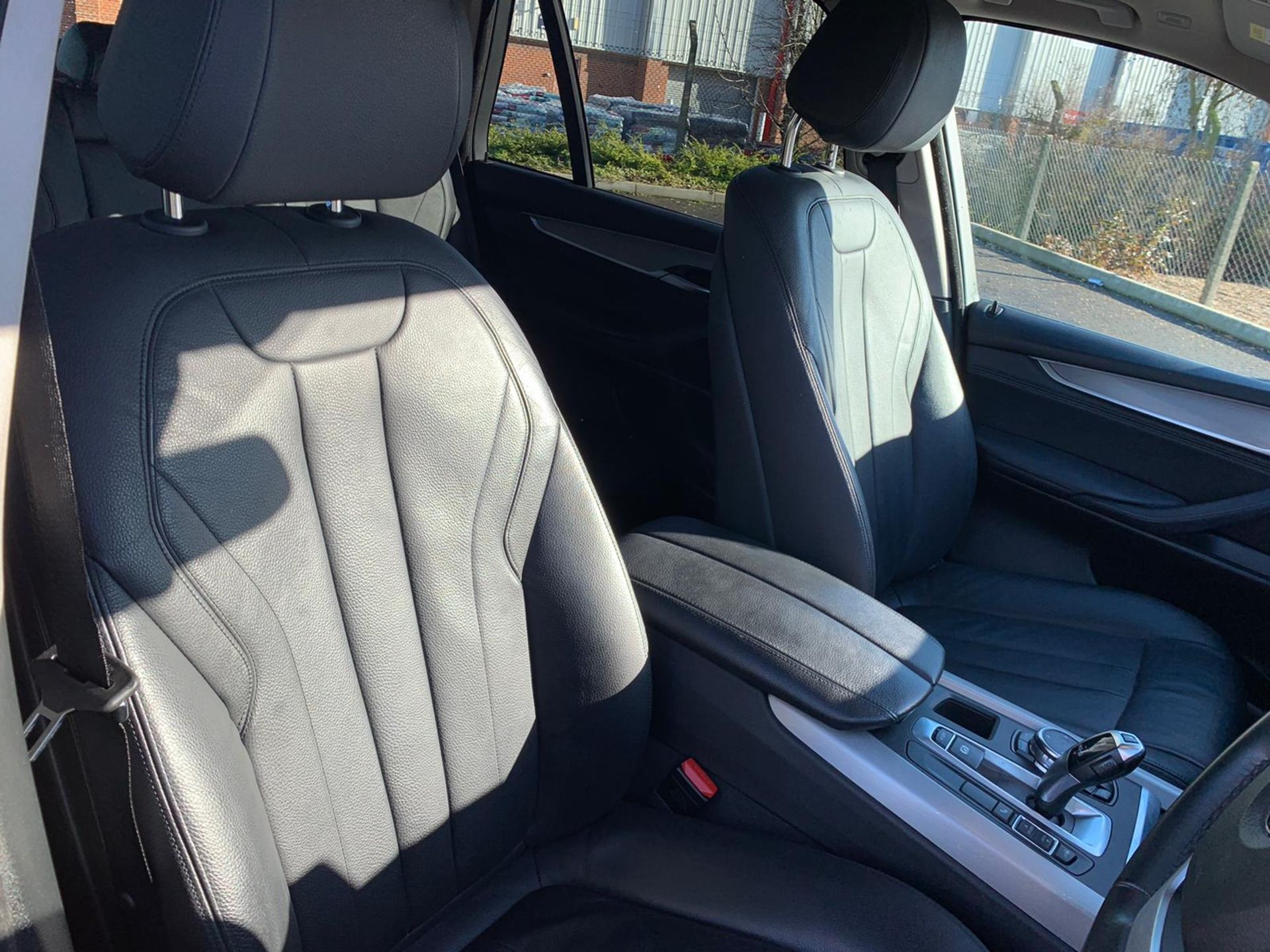 "(Reserve Met) BMW X5 2.0d S-DRIVE ""Special Equipment"" Auto- 7 Seater -16 Reg - Sat Nav- (New Shape) - Image 18 of 43"