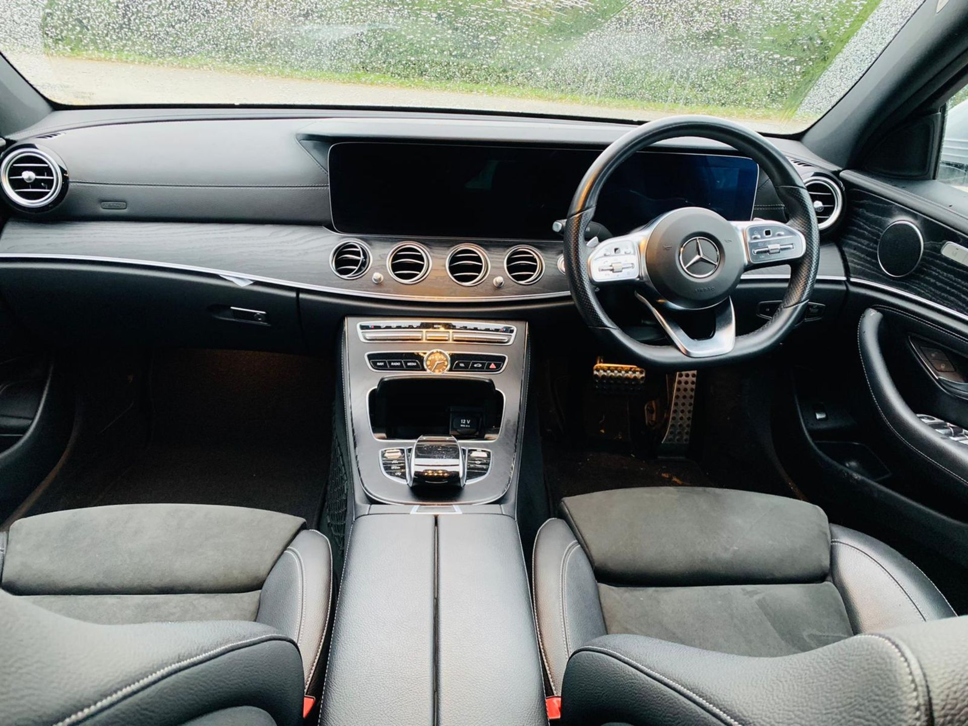 (Reserve Met)Mercedes E220d AMG Line Auto 9G Tronic - 2019 Reg - Reversing Cam - 1 Owner From New - Image 11 of 30
