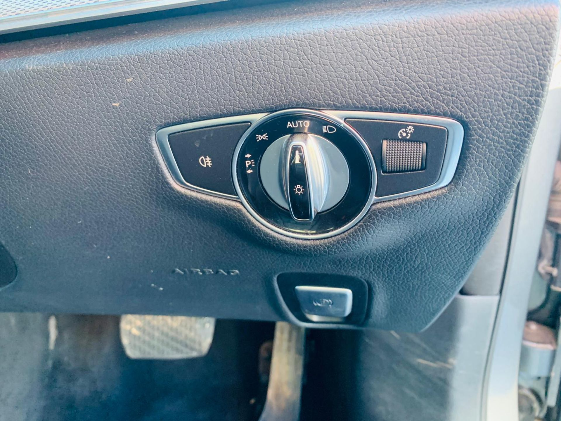 (RESERVE MET) Mercedes E220d Special Equipment Auto 2017 17 Reg - Sat Nav - Reversing Cam - Image 17 of 27
