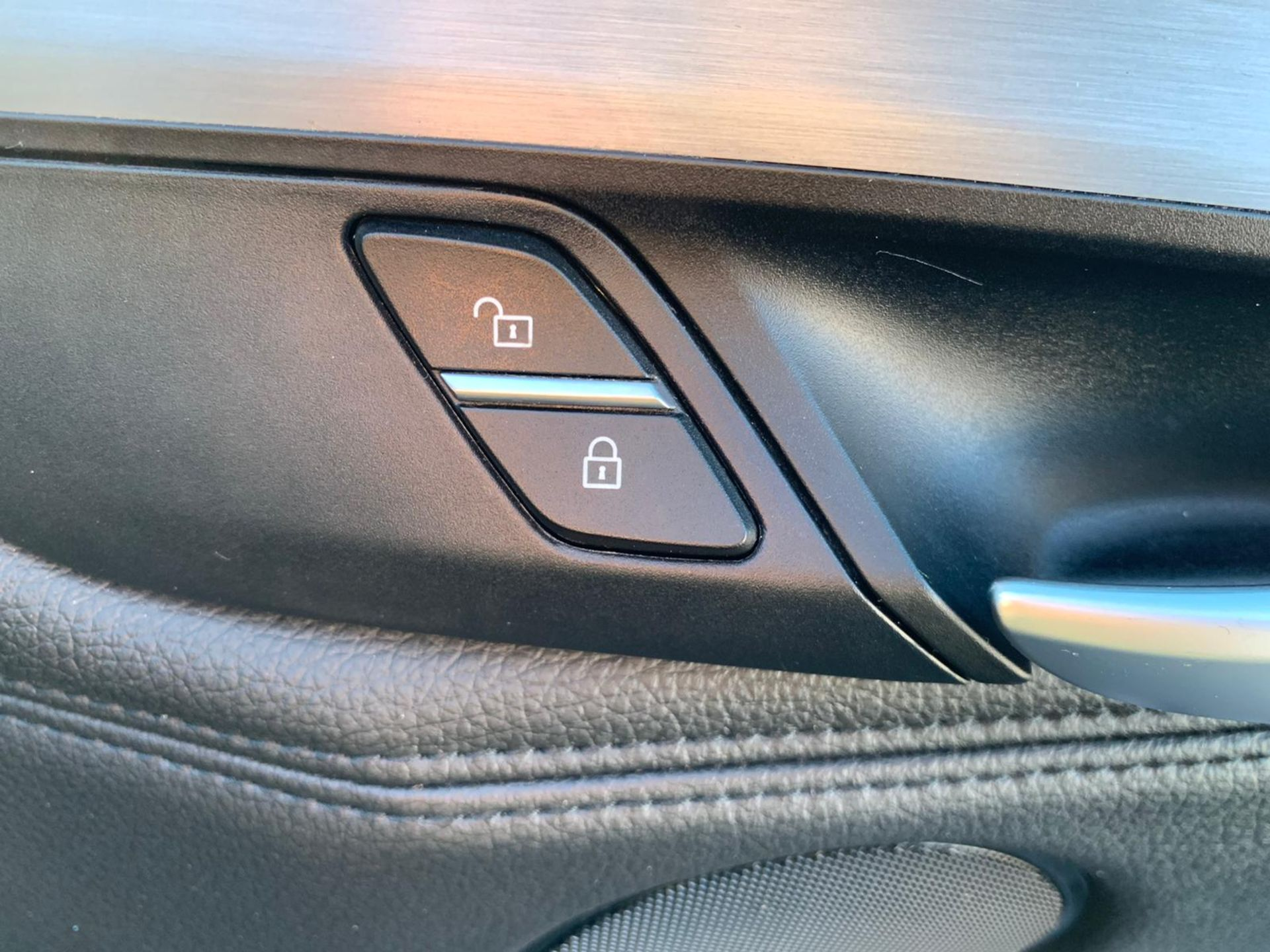 "(Reserve Met) BMW X5 2.0d S-DRIVE ""Special Equipment"" Auto- 7 Seater -16 Reg - Sat Nav- (New Shape) - Image 38 of 43"