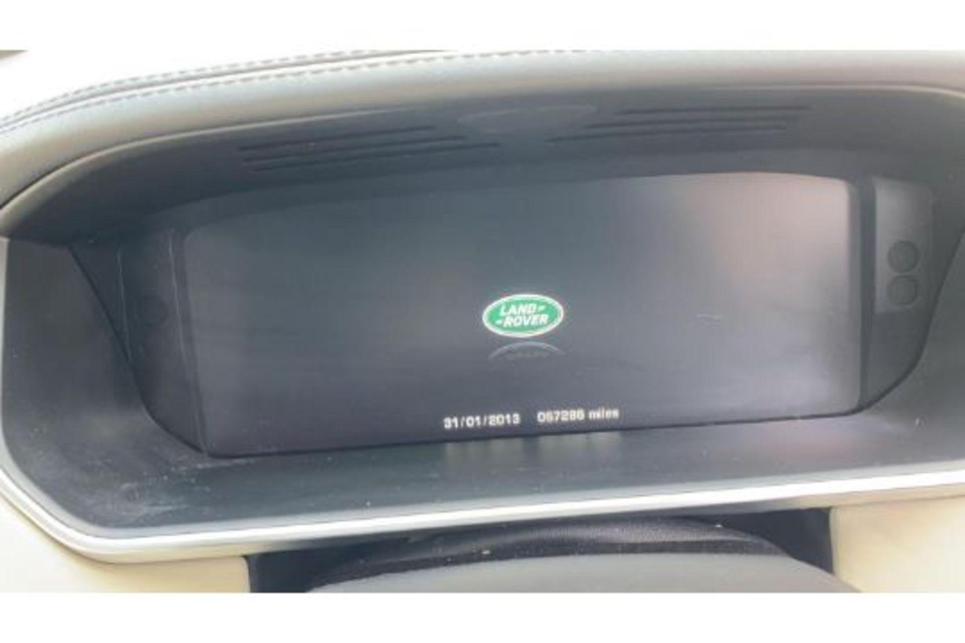 Range Rover Vogue 3.0 TDV6 SE Auto - Black Pack - NEW SHAPE - FULLY LOADED - Pan Roof - Image 23 of 30