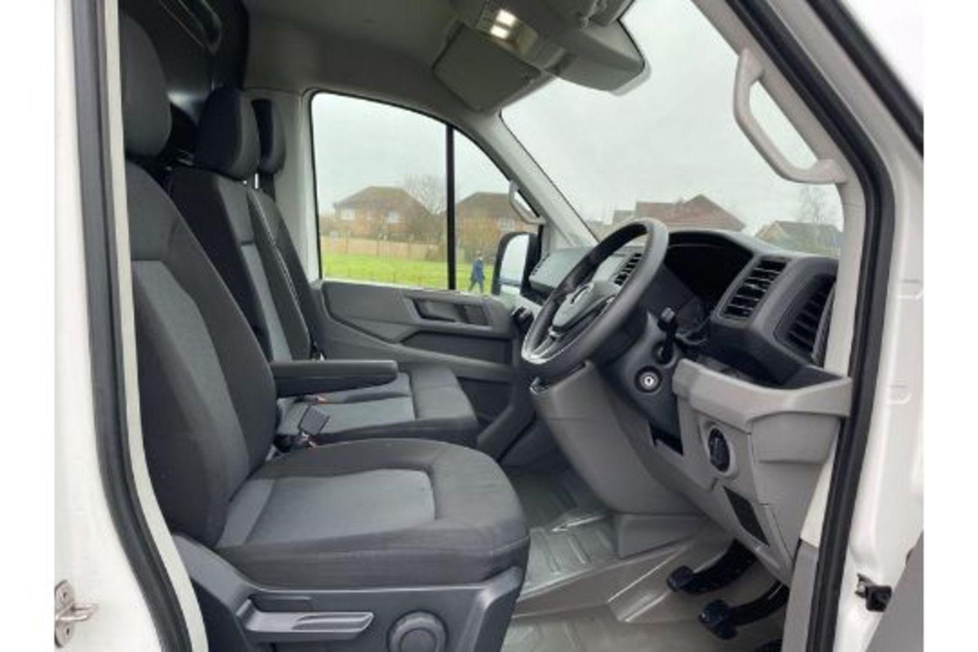(Reserve Met) Volkswagen (VW) Crafter 2.0 TDI (140) Trendline -17 Reg- Euro 6 -Air Con- Low Miles - Image 3 of 3