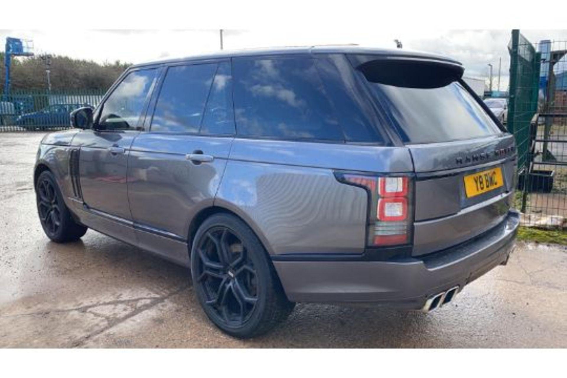 Range Rover Vogue 3.0 TDV6 SE Auto - Black Pack - NEW SHAPE - FULLY LOADED - Pan Roof - Image 5 of 30