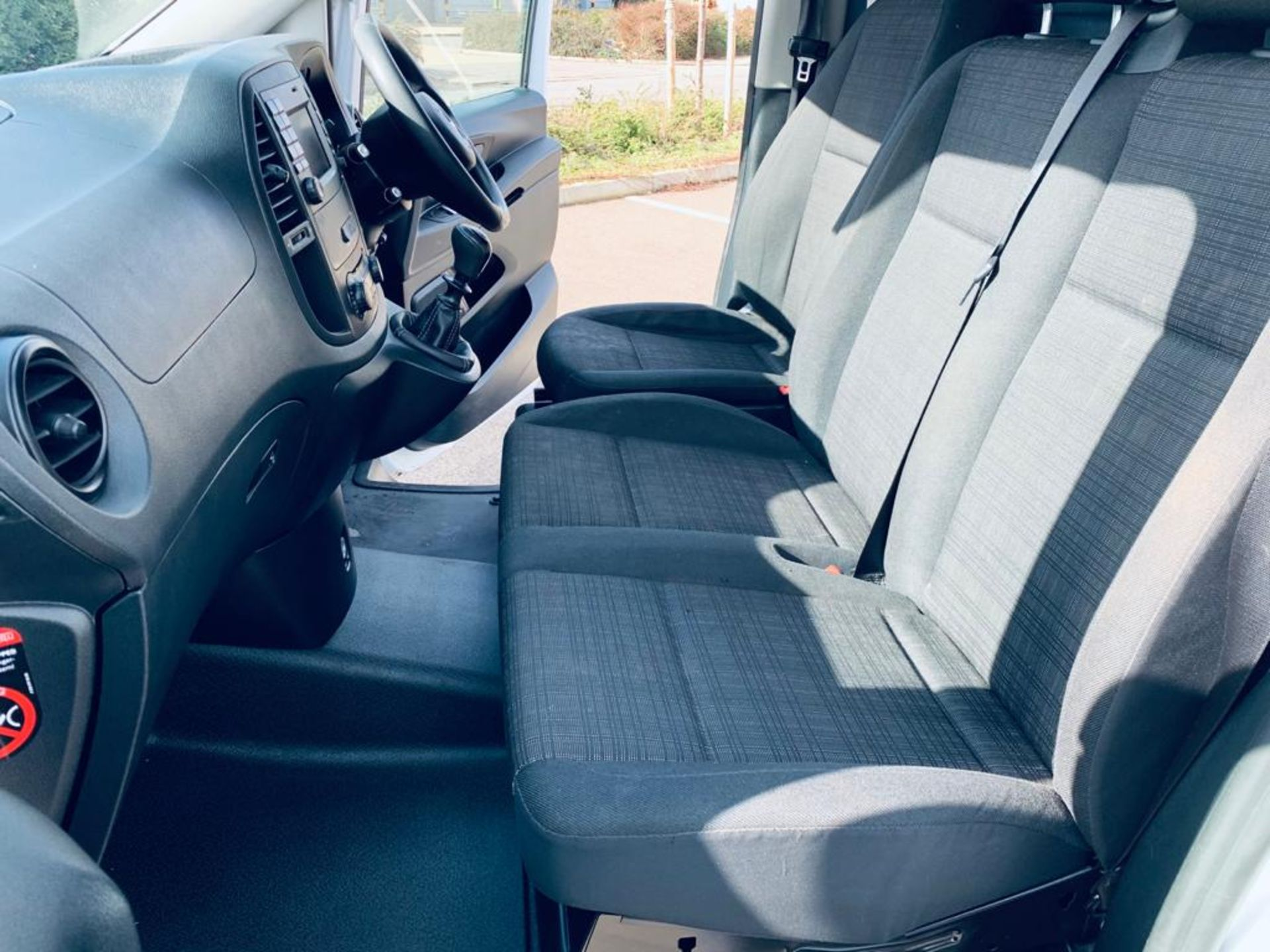 Reserve Met - Mercedes Vito 114CDI Bluetec 2018 18 Reg LWB - Air Con - Euro 6 - FSH - ULEZ - 1 Owner - Image 16 of 26