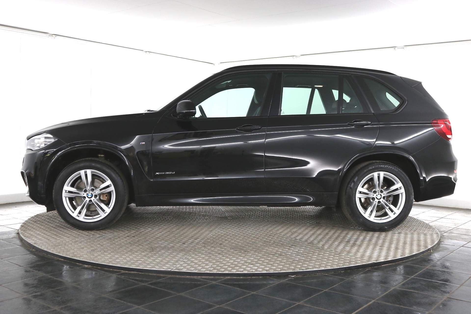"BMW X5 3.0d xDrive""Auto"" Special Equipment - 15 Reg - 7 Seater -Leather - Sat Nav -Mega Spec- No Vat - Image 2 of 13"