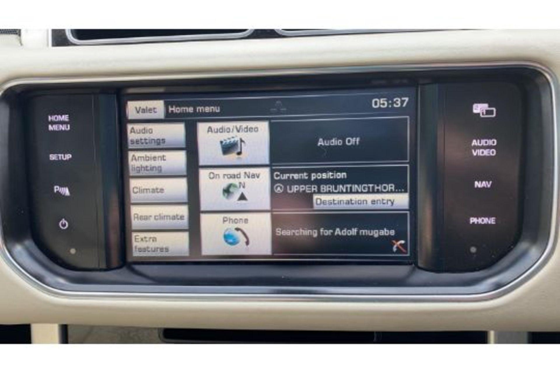 Range Rover Vogue 3.0 TDV6 SE Auto - Black Pack - NEW SHAPE - FULLY LOADED - Pan Roof - Image 22 of 30