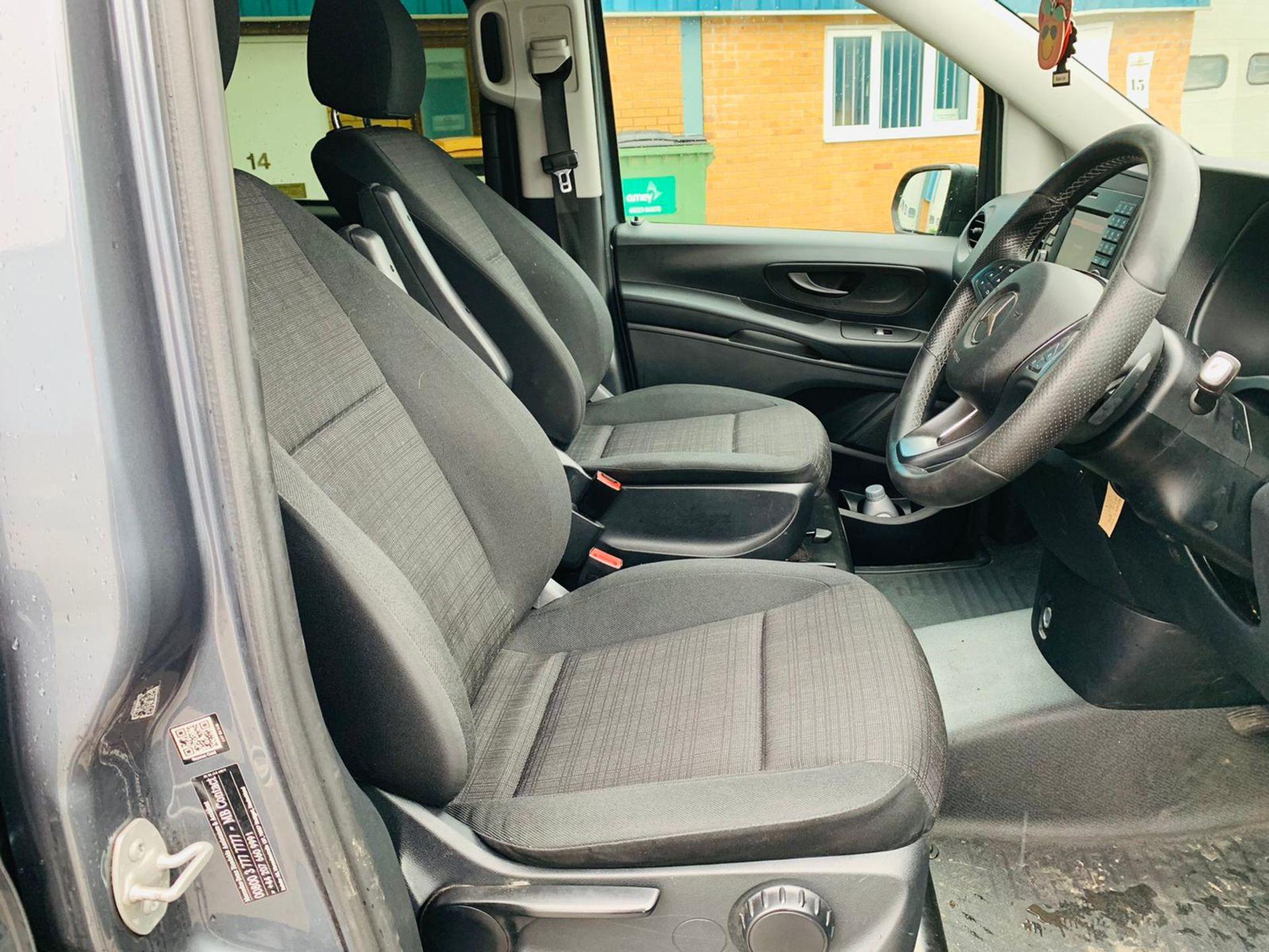 Mercedes Vito 114 Bluetec Dualiner/Crew Van - Auto - Air Con - 2018 18 Reg - 1 Owner From New - Image 13 of 25