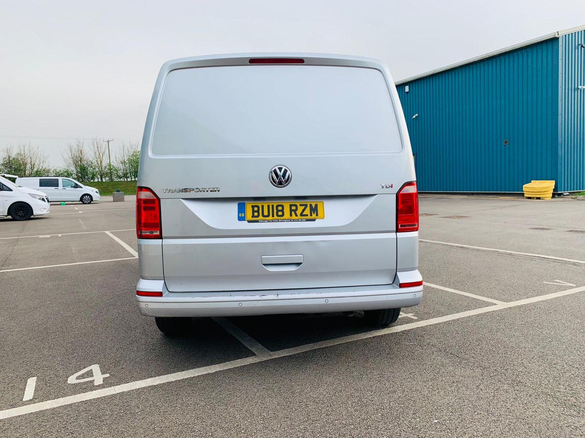 (RESERVE MET) Volkswagen (VW) Transporter 2.0 TDI 150 Highline T28 2018 18 Reg - Parking Sensors - - Image 6 of 23