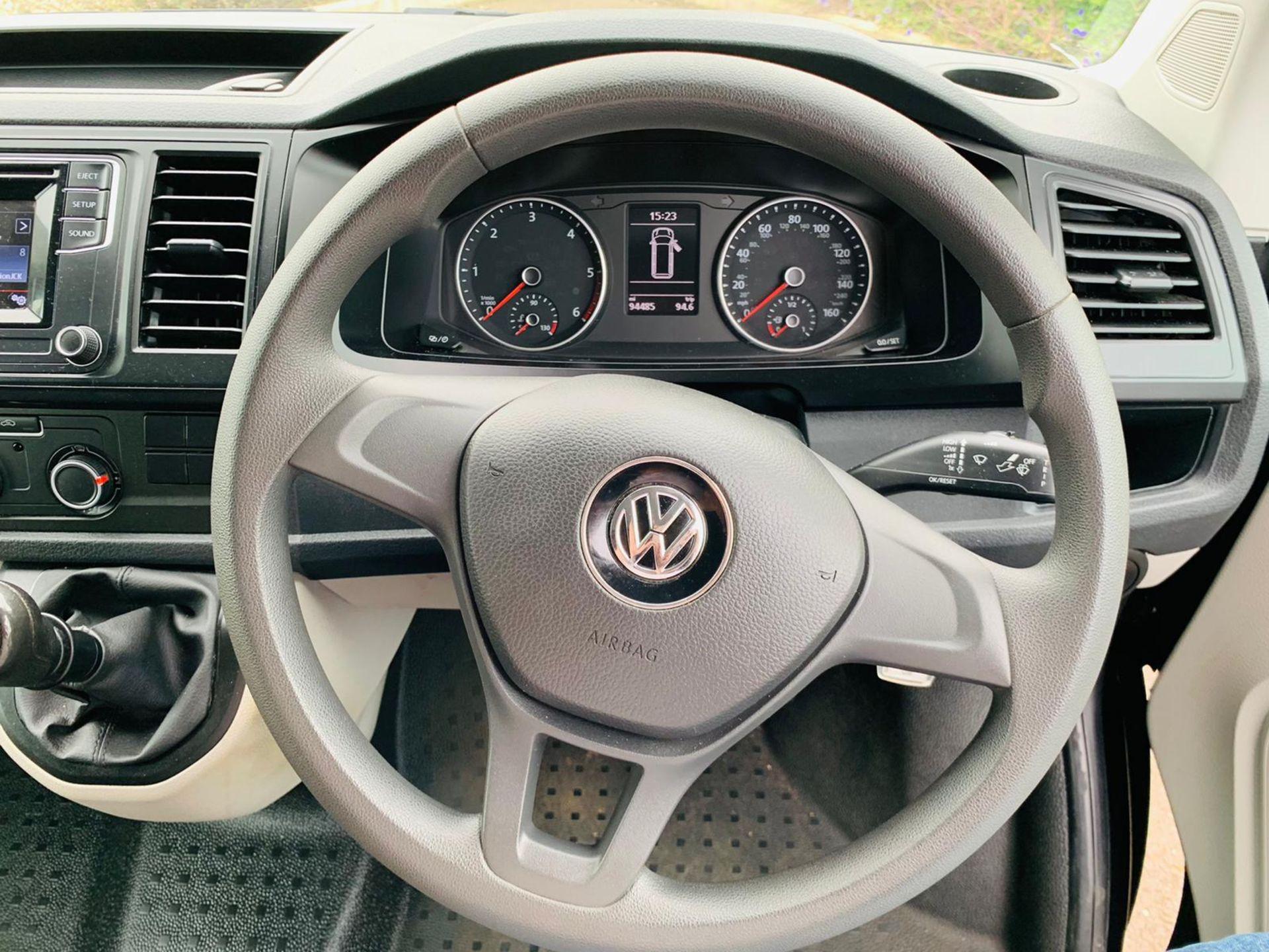 Reserve Met - Volkswagen Transporter T30 2.0 TDI Trendline - 2017 Model - Euro 6 - 1 Owner - Image 13 of 18
