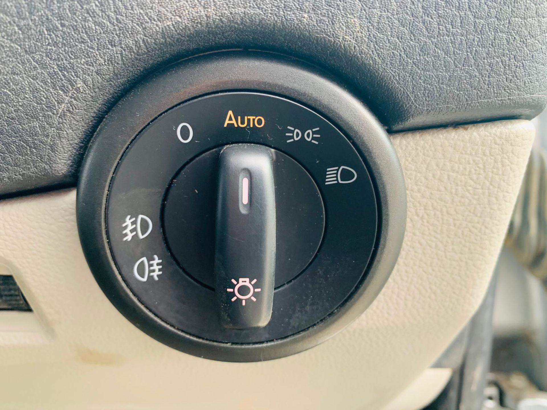 (RESERVE MET) Volkswagen (VW) Transporter 2.0 TDI 150 Highline T28 2018 18 Reg - Parking Sensors - - Image 21 of 23