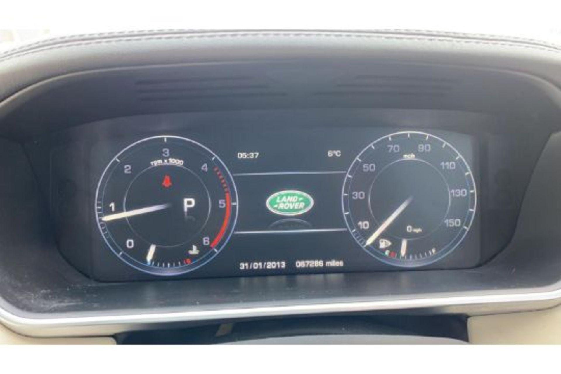 Range Rover Vogue 3.0 TDV6 SE Auto - Black Pack - NEW SHAPE - FULLY LOADED - Pan Roof - Image 30 of 30