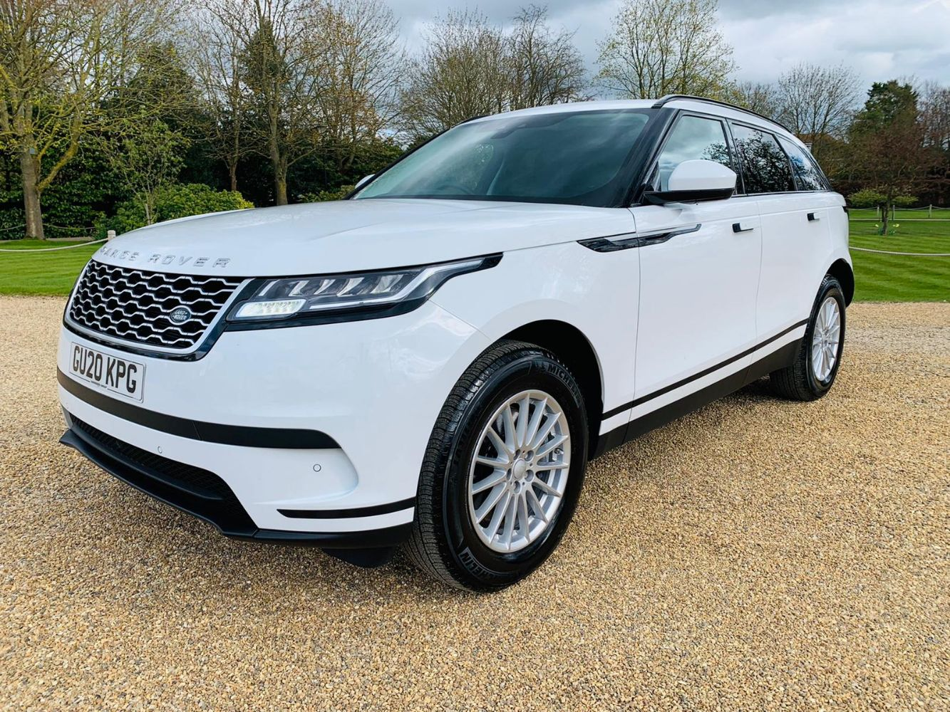 Range Rover Velar D300 (296 BHP) 2020 20 Reg (White) - BMW X1 18d sDrive 2018 Reg - Fleet Vehicle Disposal
