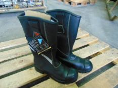 New Unissued Tuffking Leather Firefighters, Bikers, Rigger Boots Waterproof SIZE 10