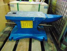 UNISSUED 400lbs Cast Iron Anvil