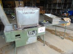 N.5 COOKER C/W OVEN AND COOKING PANS ETC