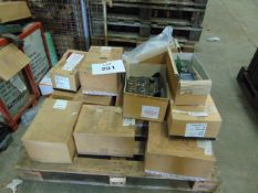 1X PALLET FIGHTING VEHICLE SPARES 16 BOXES AS SHOWN