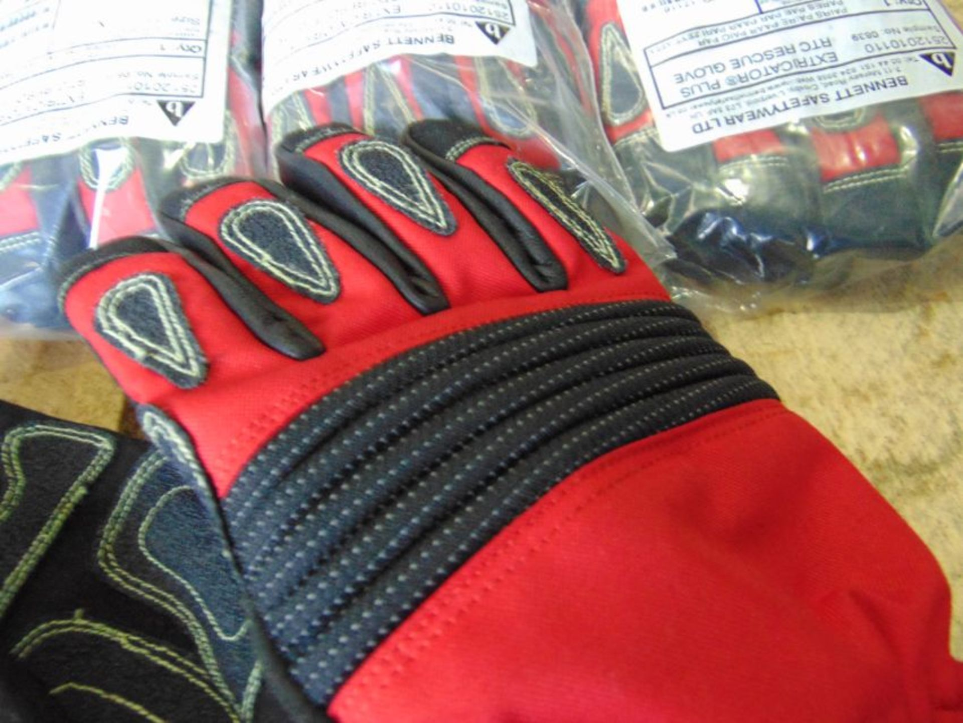 QTY 5 x Unissued M Bennett Extricator Plus RTC Gloves - Image 3 of 5