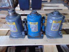Q 3 x Weber 10 Tonne Hydraulic Jacks