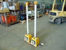 2 x Defender V3 Uplight Work Light Splitter Base and Light 110v
