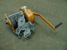 Maxpull GM 20 Handwinch c/w Wire Rope, Pulleys, D Shackles & Handle