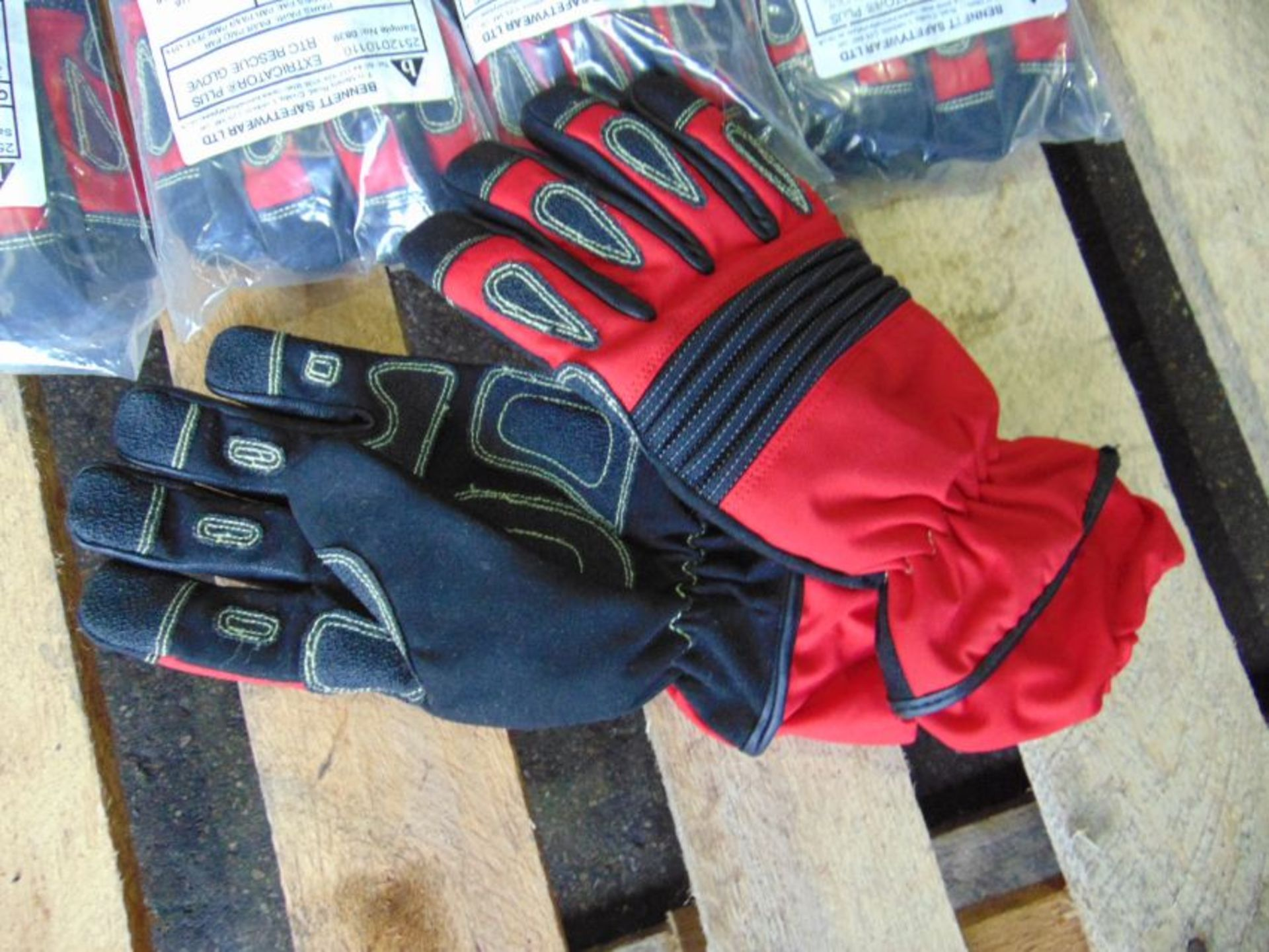 QTY 5 x Unissued M Bennett Extricator Plus RTC Gloves - Image 2 of 5