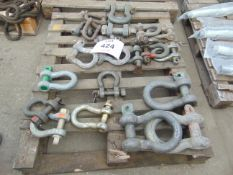 1x Pallet 24 HD D shackles as shown