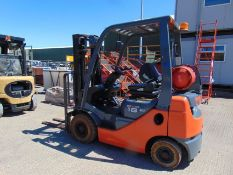 2014 Toyota Tonero 18 Forklift ONLY 4,893 HOURS!