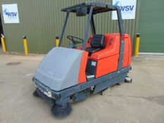 Hakomatic B1100 Ride On Vacuum Sweeper Scrubber-Dryer C/W Battery Charger