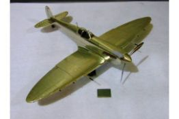 WWII SUPERMARINE SPITFIRE ALUMINIUM SCALE MODEL