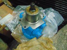 """Commercial Hydraulics 1/2"""" Drive Hydraulic Pump *Unused*"""
