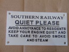 SOUTHERN RAILWAY CAST IRON SIGN - 27cms x 15cms