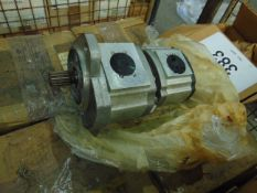 7x HD dual hydraulic pumps A1 Serviceable Unissued in Original Packing