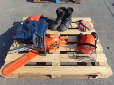 Husqvarna 440 Chainsaw C/W Protective Eqpt inc Trousers, Helmet, Gloves and Boots