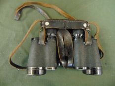 VERY RARE CARL ZEISS WW2 DATED 1942 GERMAN 6X30 BINOS IN ORIGINAL GERMAN BAKALITE WITH MARKINGS