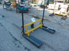 Wheel Force 500 kgs HGV Hydraulic wheel lift as shown