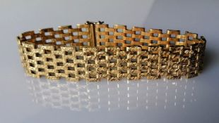 A mid-century gold gate-link bracelet, hallmarked 9ct, 18.5 cm, clasp good, 26.49g