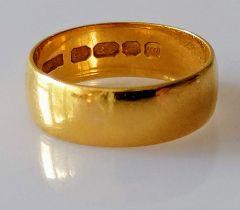 A 22ct yellow gold wedding band, size M, 6mm, hallmarked, 4.56g