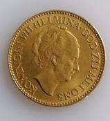 A 10 Guilders (Gulden) Netherlands Wilhelmina gold (.900) coin, 1932, 6.7g