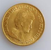 A 10 Guilders (Gulden) Netherlands Wilhelmina gold (.900) coin, 1917, 6.7g