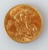 A George V gold half sovereign, 1914