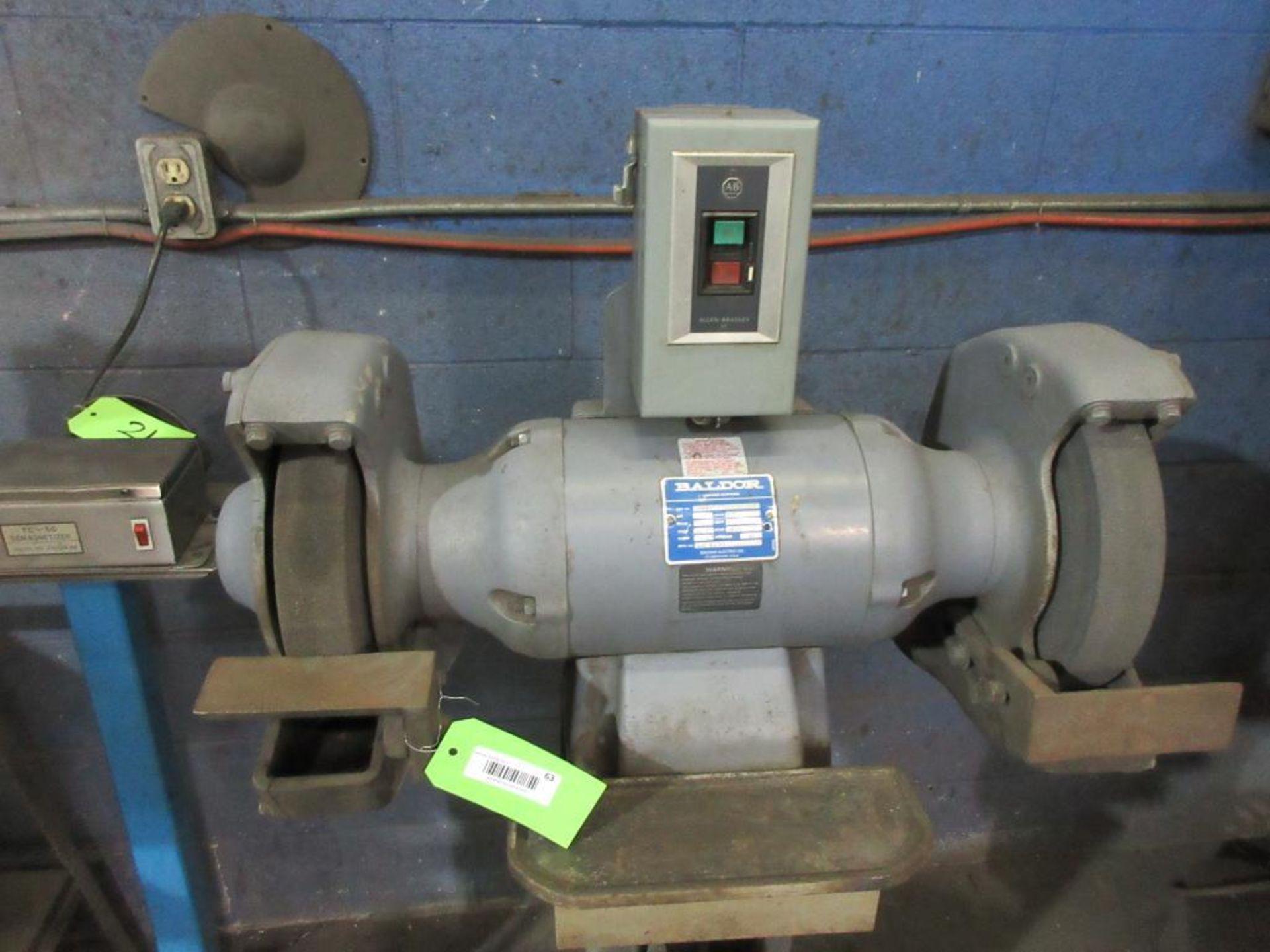 BALDOR DUAL PEDESTAL GRINDER 3 HP, SPARE GRINDING WHEEL - Image 2 of 4