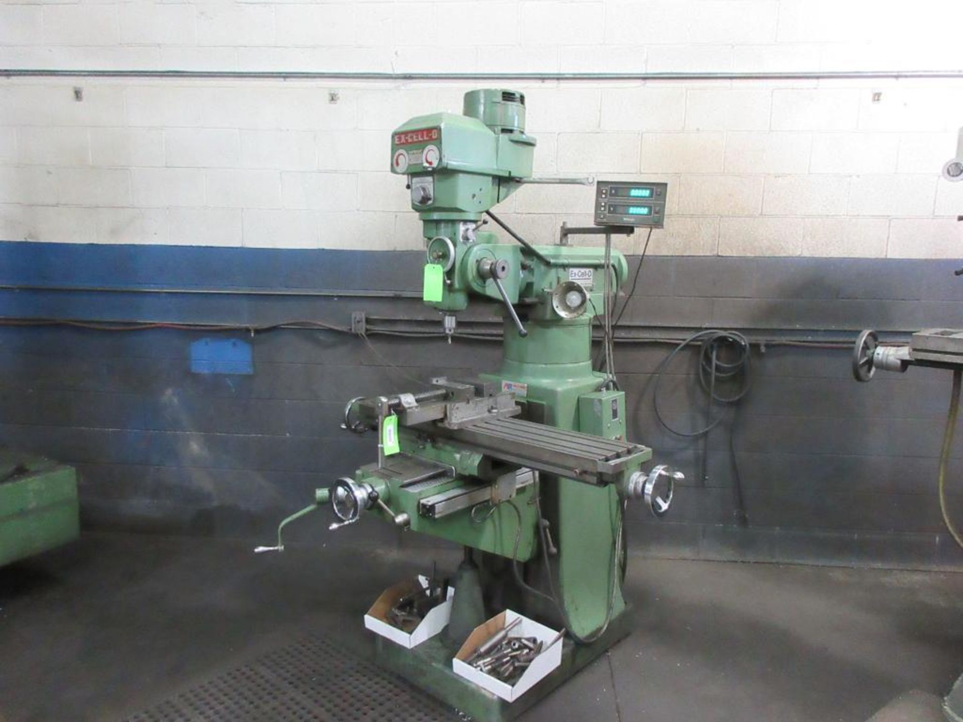 """EXCELLO MILL MODEL 602, 47""""X9"""" TABLE, 85-4000 RPM, MITUTOYO 2 AXIS DRO, COLLET STYLE , 2 BOXES"""