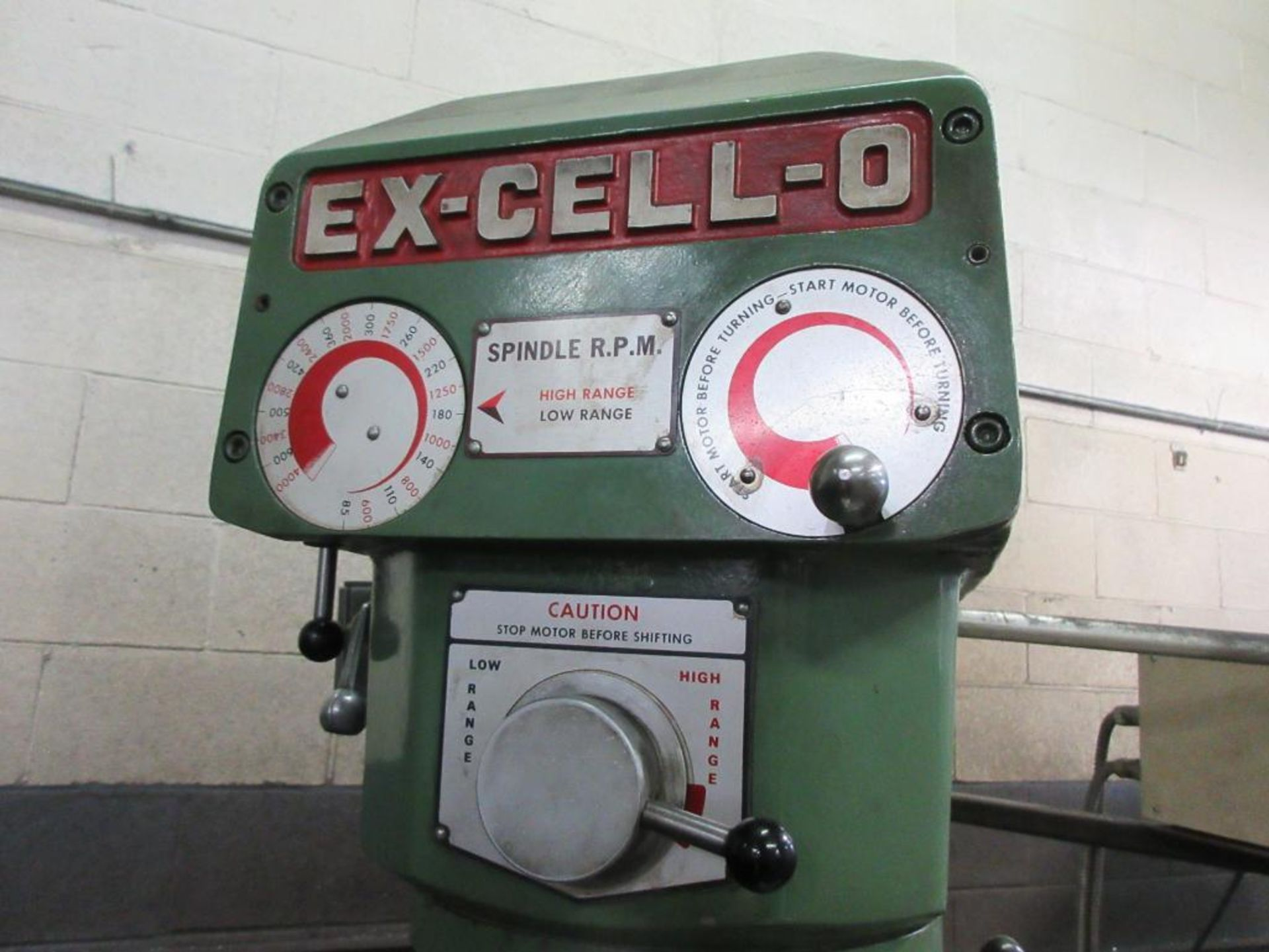 """EXCELLO MILL MODEL 602, 47""""X9"""" TABLE, 85-4000 RPM, MITUTOYO 2 AXIS DRO, COLLET STYLE , 2 BOXES - Image 4 of 6"""