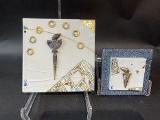 2 Bildfliesen ''Domino'' mit Silbermontage, Meissen,