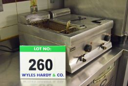 A LINCAT Electric Counter-Top Commercial Twin Basket Immersion Fryer