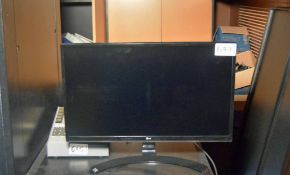 An LG 21 inch Wide/Flat Screen Display (NB. Lots 606 thru 659 Inclusive form the Content of Lot